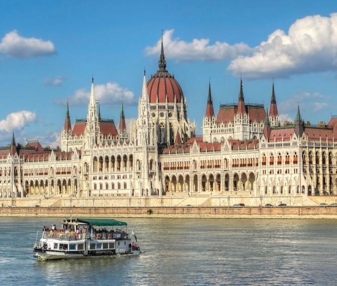 Vídeň + Budapešť v sobotu